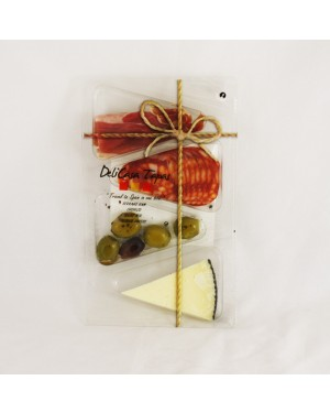 M3 Distribution Services Delicasa Tapas Olives, Cheese & Chorizo 90g